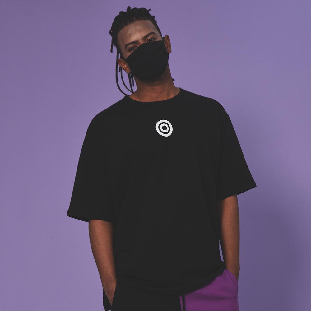 [입점특가]블랙 서클 반팔 티셔츠