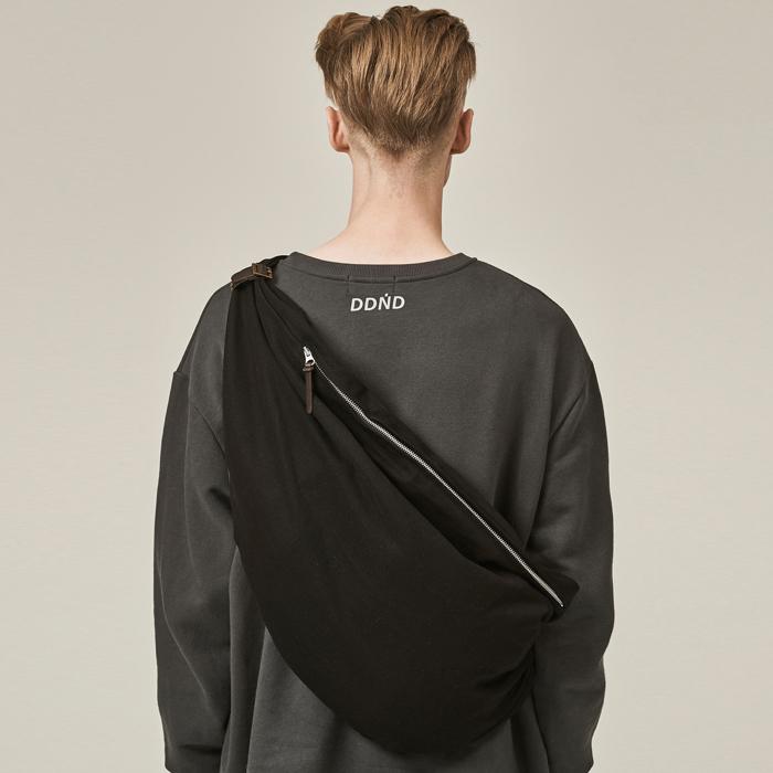 [데드엔드] BLACK BUNDLE STRAP BAG