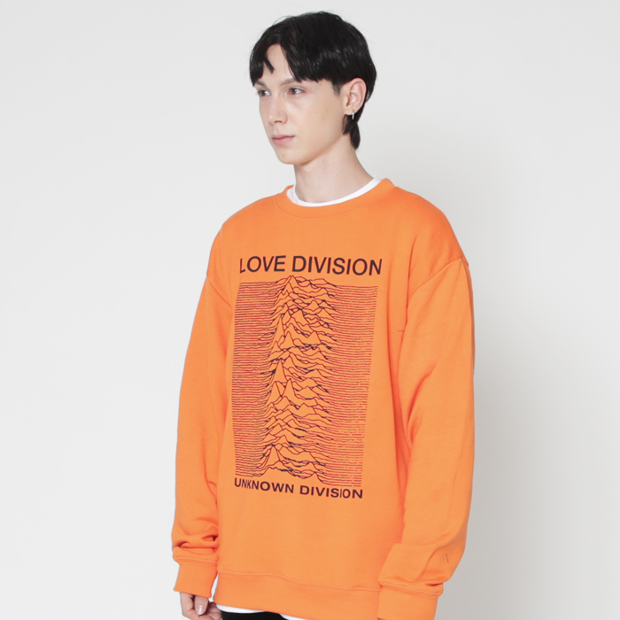 LOVE DIVISION 오렌지 스웨트 셔츠 (챔피온 코튼)