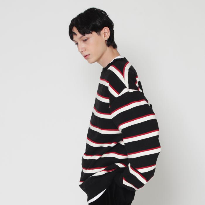 [마스크증정]black & red 프리미엄 3컬러 스트라이프 스웨트 셔츠 (기모)