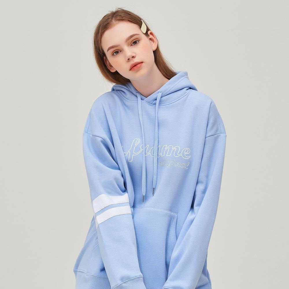 [어나더프레임] OUTLINE LOGO HOODIE (PASTEL BLUE)