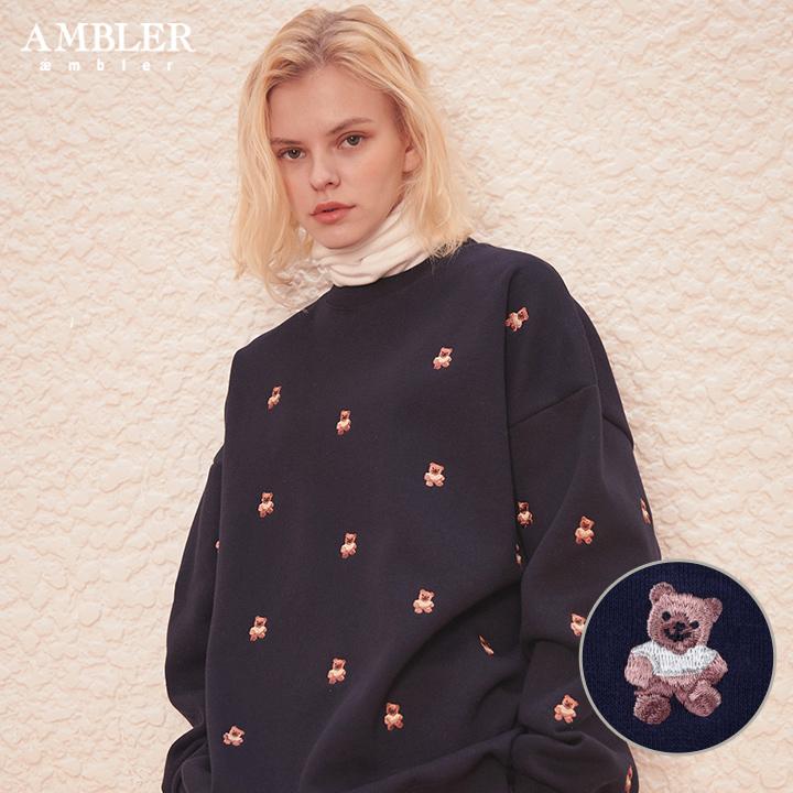 [엠블러]AMBLER 19FW 신상 자수 오버핏 맨투맨 티셔츠 AMM724-네이비 기모