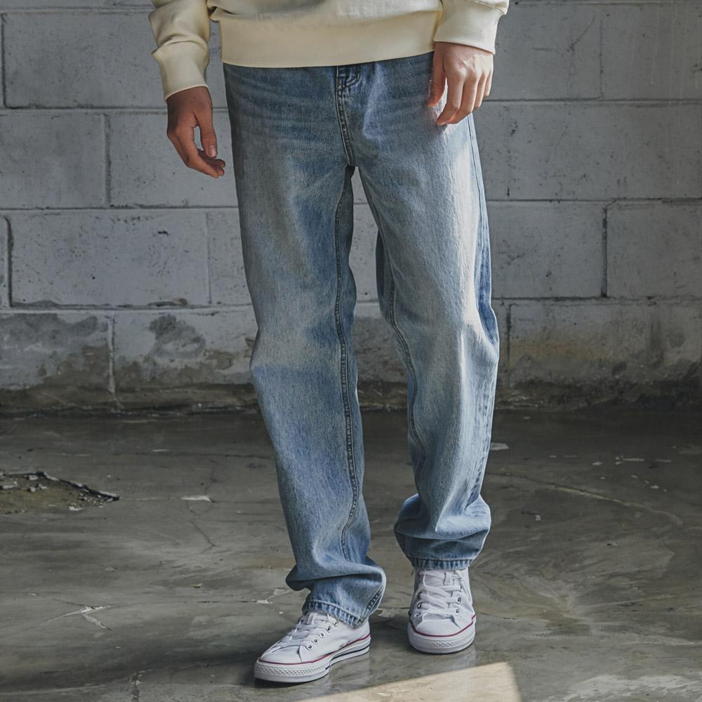 Regular-Fit Denim Pants CW7021