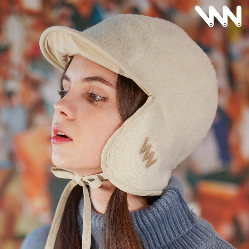 [더블유브이프로젝트] 에이비 리버시블 양털 모자 아이보리 CJAC7346