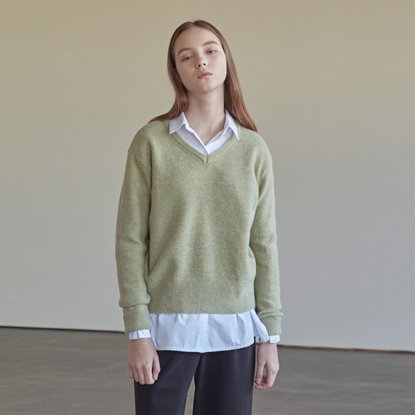 GREENERY WOOL V-NECK KNIT_KHAKI