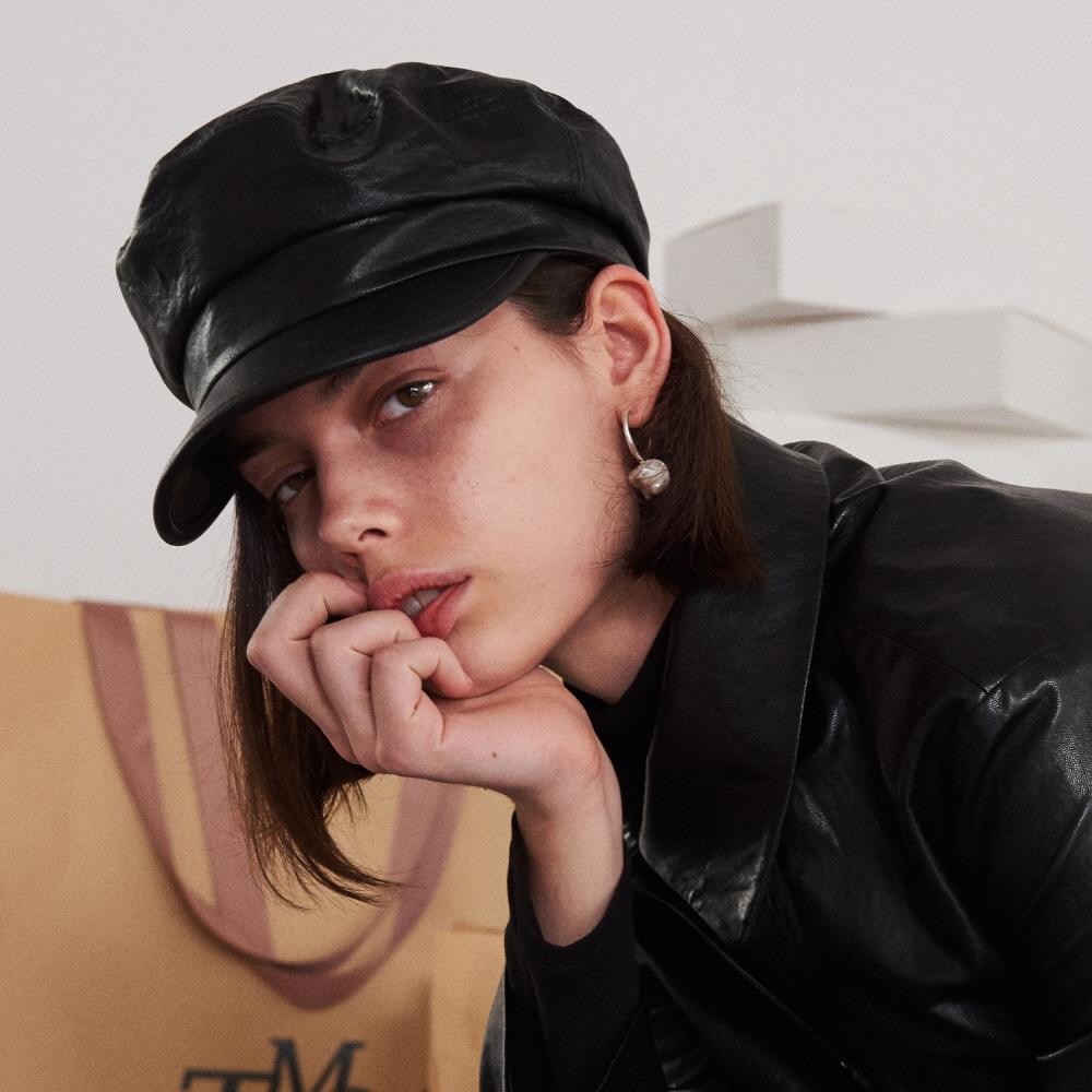 LEATHER GREEK FISHERMAN CAP (BLACK)