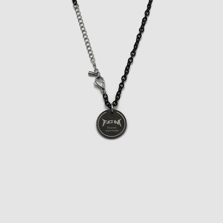 MARBLE CIRCLE NECKLACE