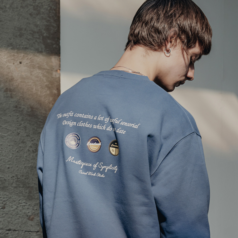 Badge Sweatshirts(I.Blue)