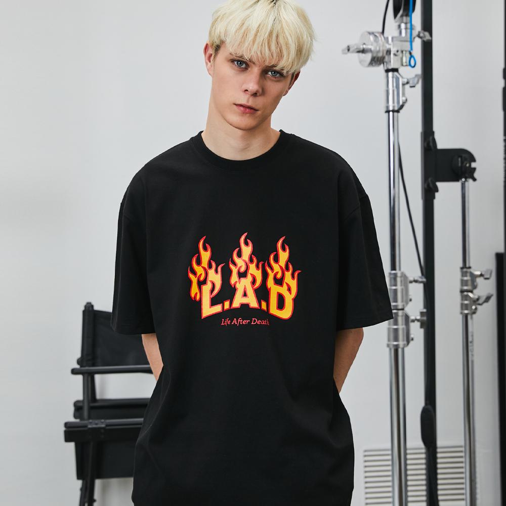LAD1020 라드 플레임 로고 반팔 티셔츠 - 2컬러