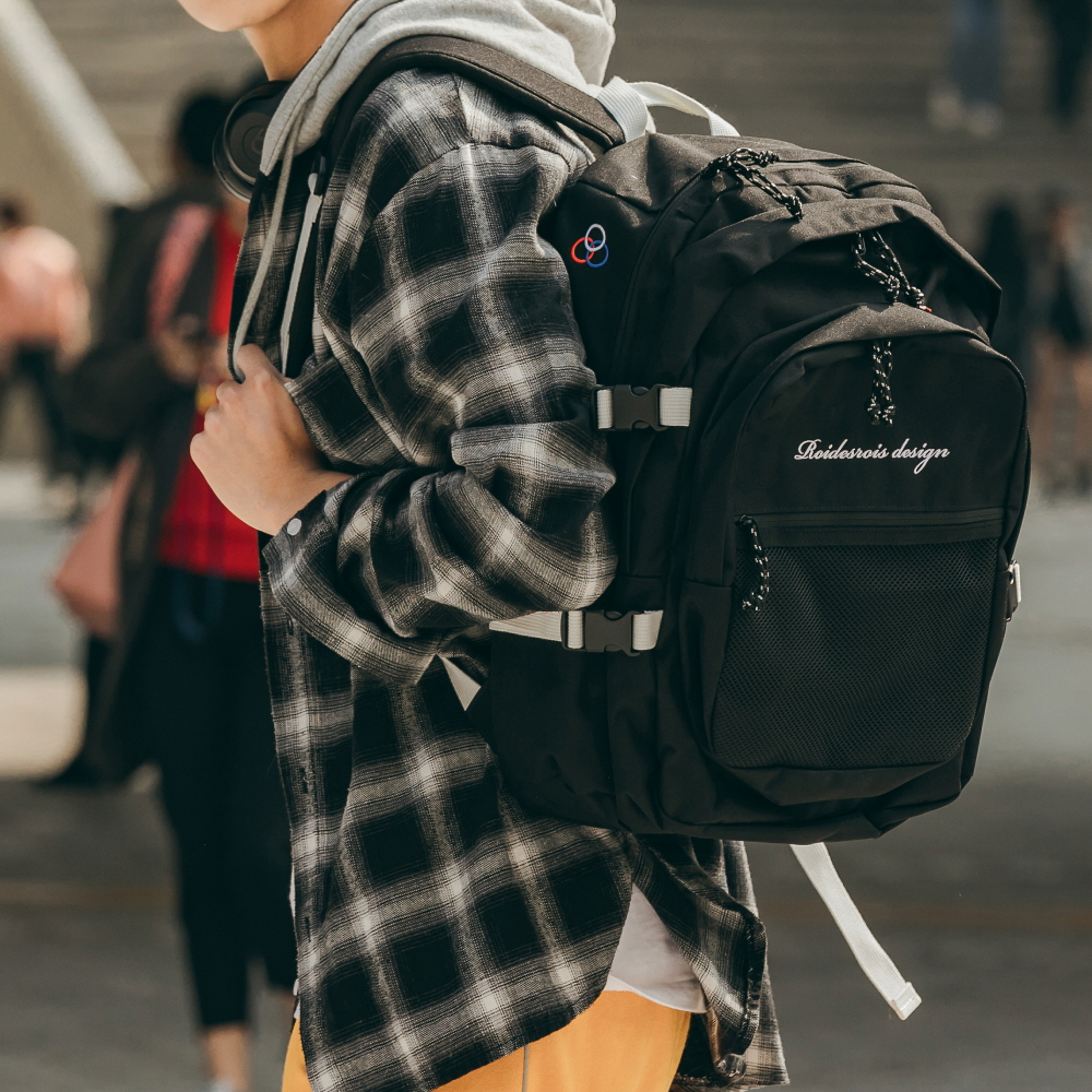 omelas 앞포켓 메쉬백팩 올블랙 학생가방 블랙