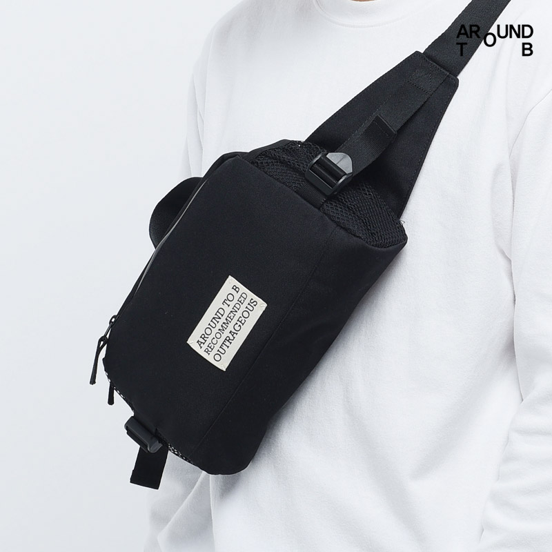 [AROUND TO B] BOX WAISTBAG BLACK