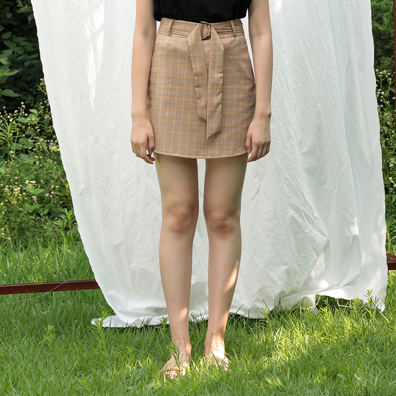 MG7S 3 CHECK BUCKLE SKIRT (BEIGE)