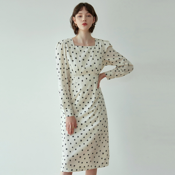 FLORAL SQUARE LONG OPS_CREAM