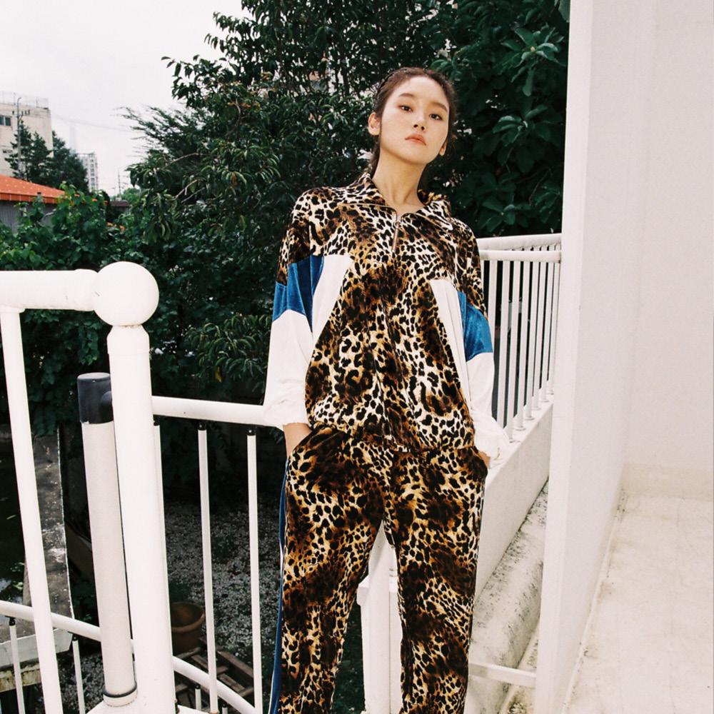 SL 벨벳 트레이닝 집업 탑 leopard