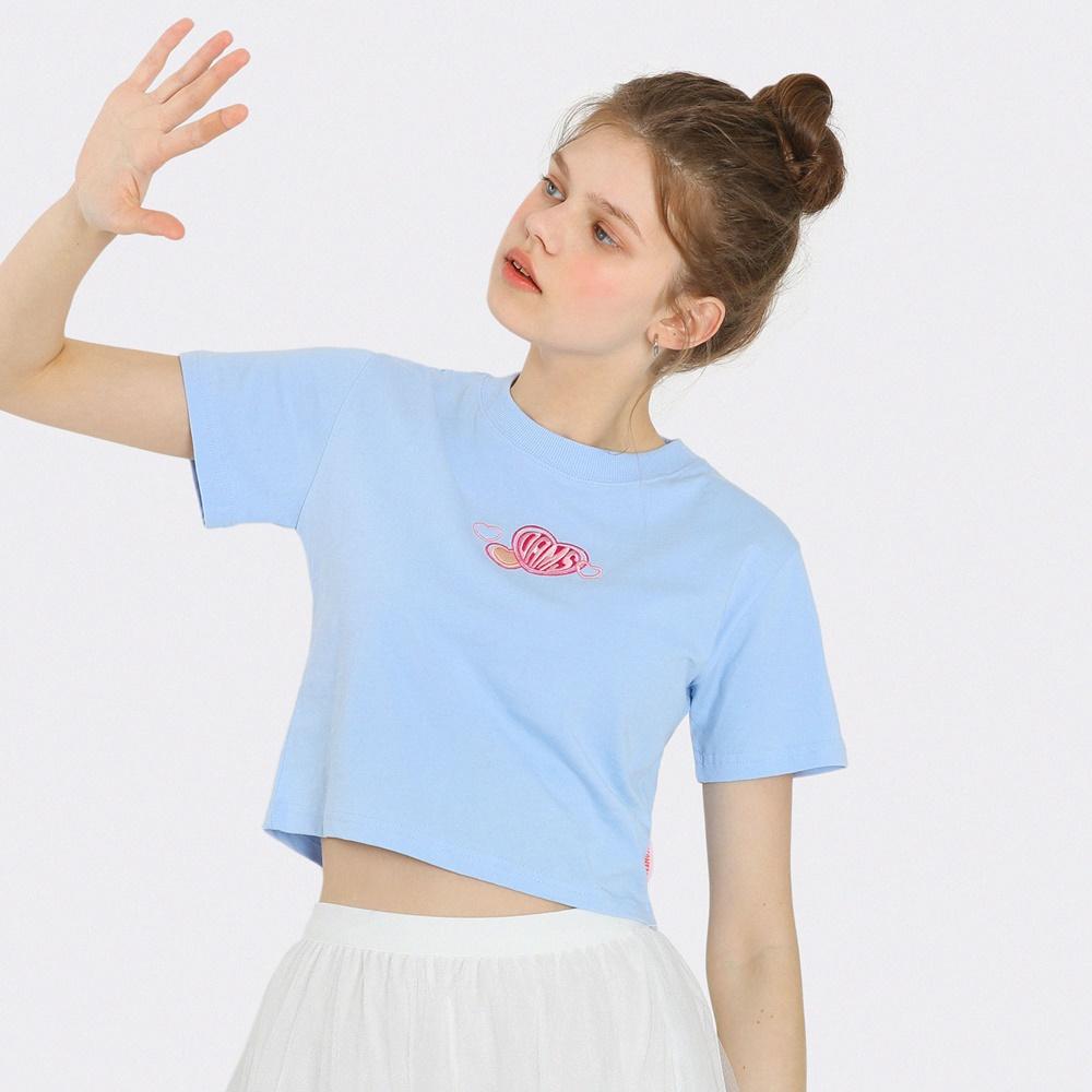 [단독한정]하트 자수 크롭 티셔츠-라이트블루