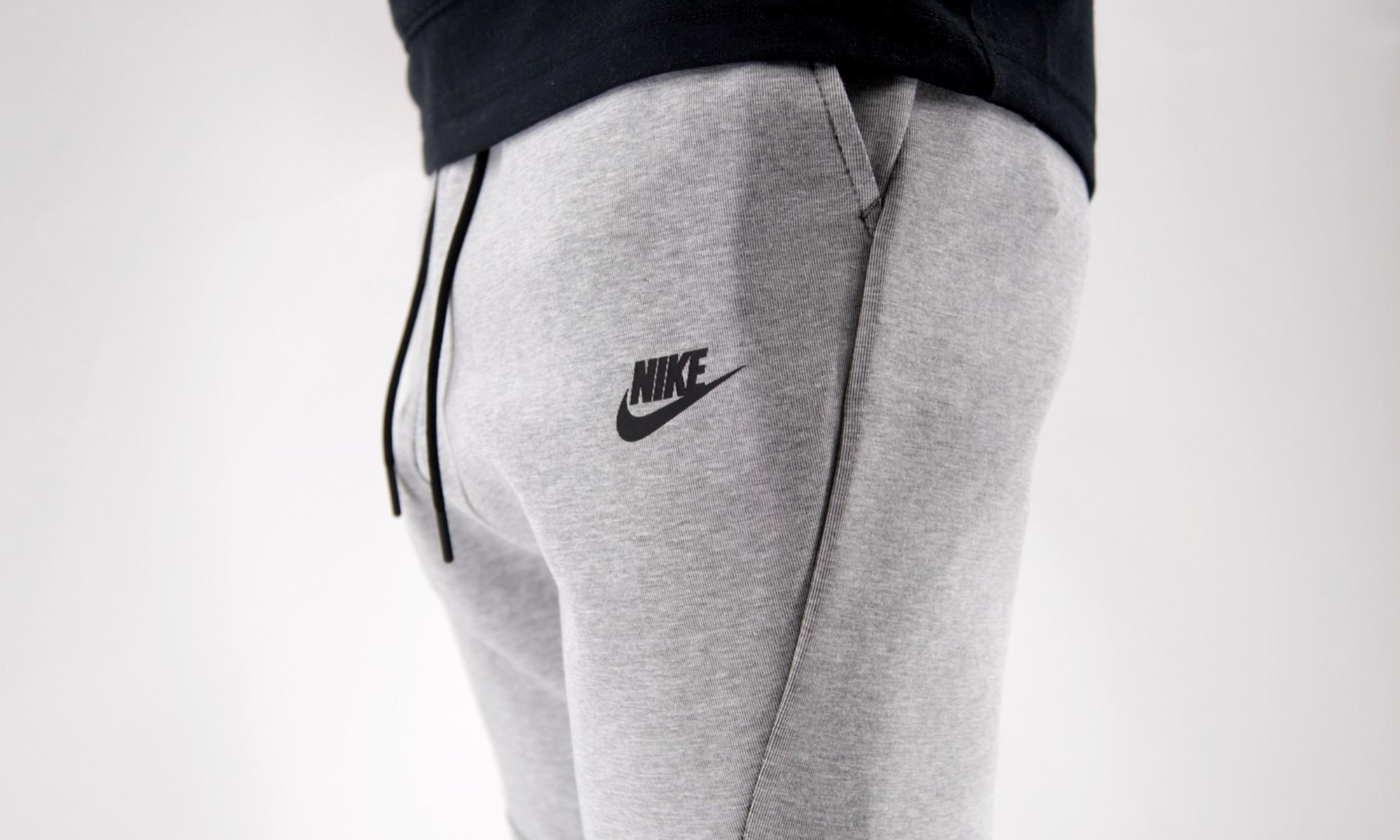 nike-sportswear-tech-fleece-jogger-grey-805162-100-mood-1.jpg