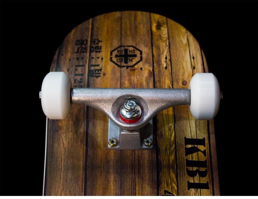 모노파틴-고폭탄-박스-스케이트보드-monopatin-High-Explosive-box-skateboard-9.png