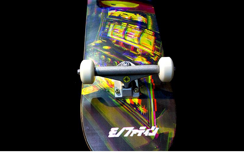 모노파틴-x-hillside-컬래버레이션-슬롯머신-풀커스텀-스케이트보드-monopatin-Slotmachine-complete-skateboard-9.png