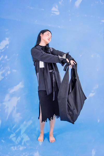 아우터셔츠-가방.jpg